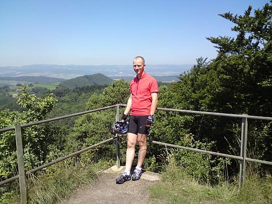 Christof auf dem Aussichtspunkt Geissberg