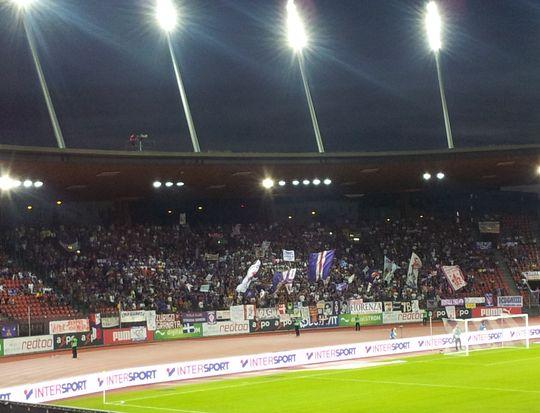 Die Fans der AC Fiorentina: Violett und laut!