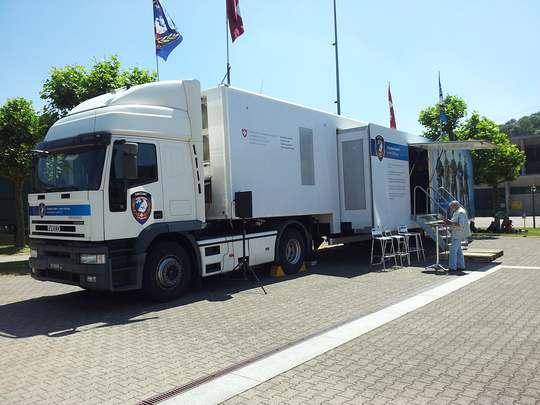 Der Swissint Info Lastwagen