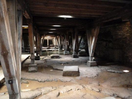 P1050637-11-amphi-unten