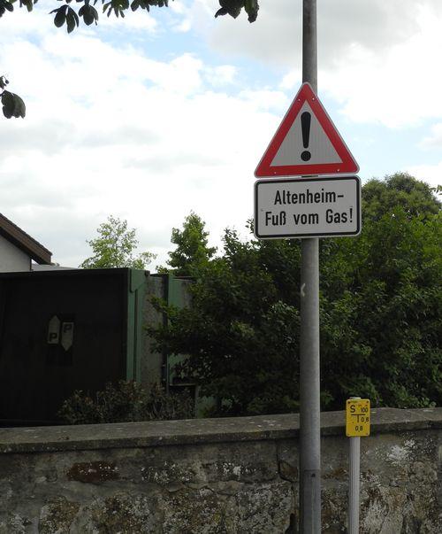Bitte keine Alten überfahren
