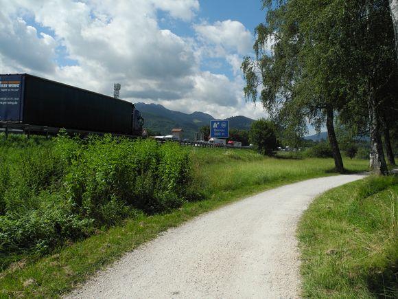 Stau auf der A8 bei Bernau.