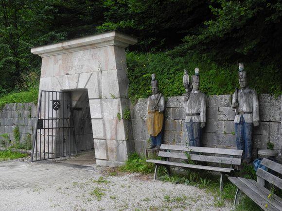 Eingang zur Moserrösche.
