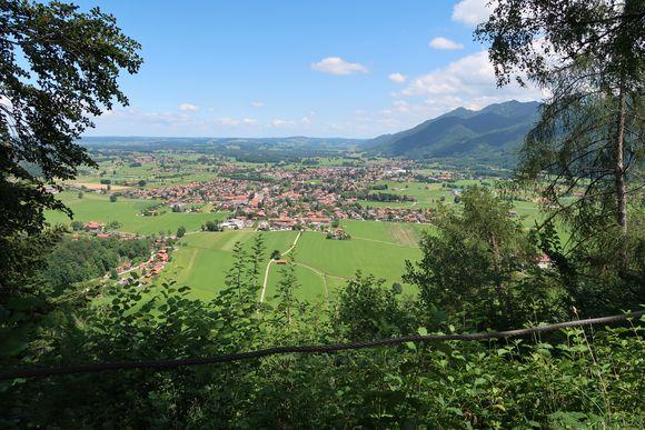 Blick von der Zeppelinhöhe auf Grassau.
